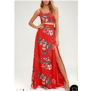 🆕BLOOM WITH A VIEW RED TWO-PIECE MAXI DRESS